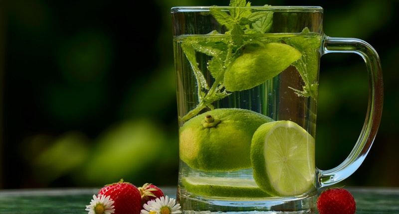 Cinco remedios caseros para curar el dolor de garganta